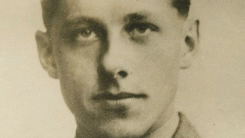George Cross from Battle of Imjin River sold for £280k